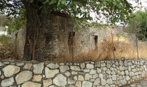 Old Stone House in Lefkada Code:1096