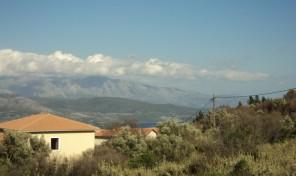 Plot in Lefkada Code:1235